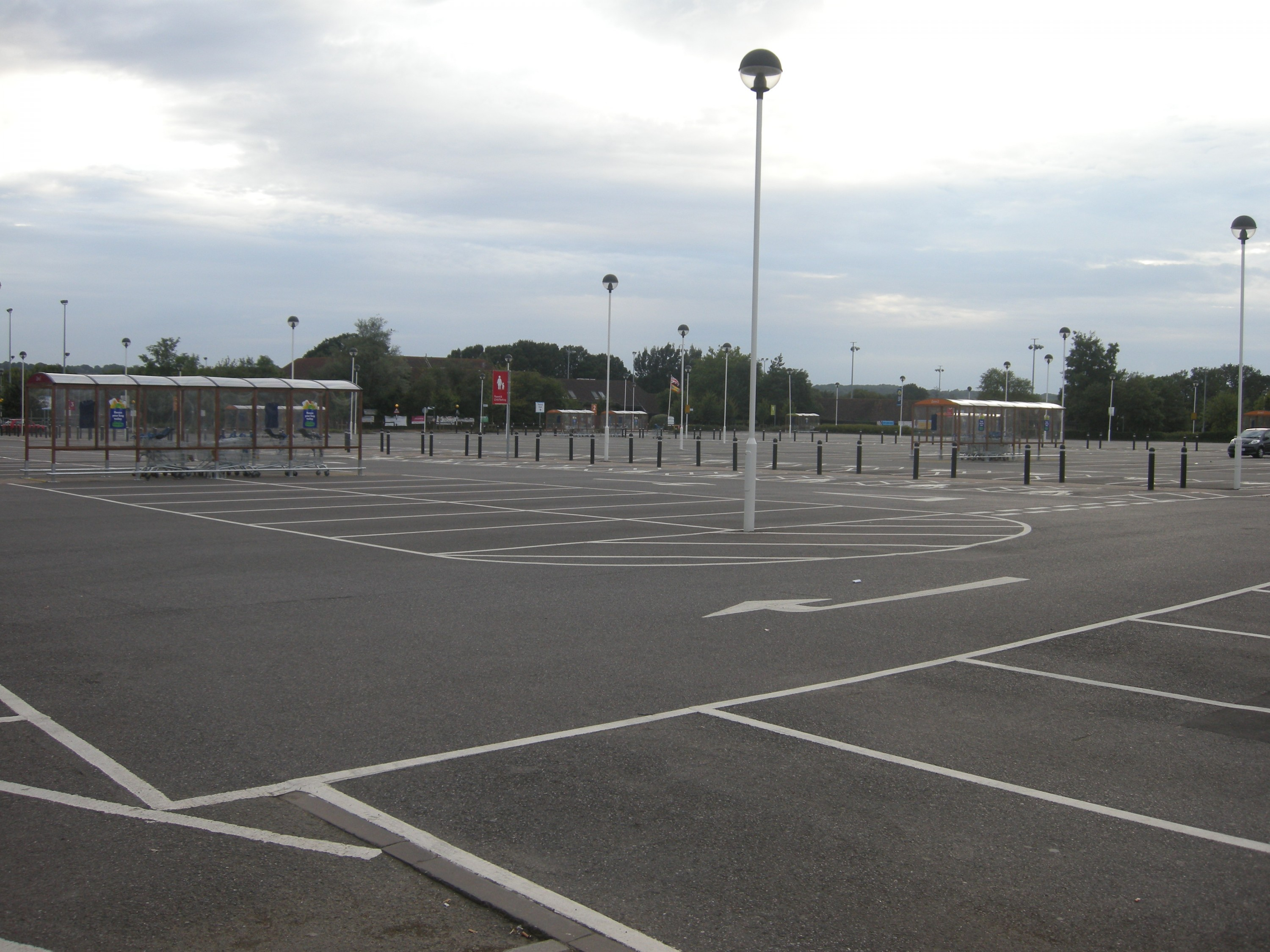 Car Park Cleaning - A clean car park after a commercial clean and pressure washing service.